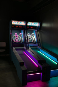 ice ball games in arcade