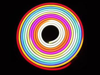 Flexible_LED_Neon_Tube_02.jpg
