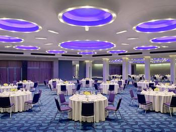 restaurant-interior-led.jpg