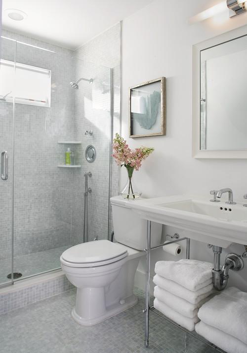 small bathroom, one shelf vanity