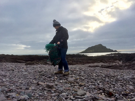 Jane from Another Shed Production out collecting plastic waste to turn into jewellery