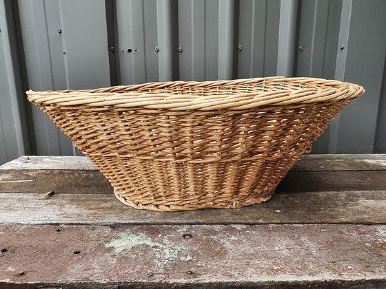 Vintage Washing Basket, Bear Wares Vintage, www.bearwaresvintage.com.au, old basket, vintage laundry, vintage home, interiors