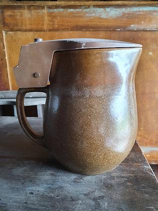 Old Brown Kettle, Bear Wares Vintage, www.bearwaresvintage.com.au, old kettle, kitchenalia, vintage kitchen, interiors,