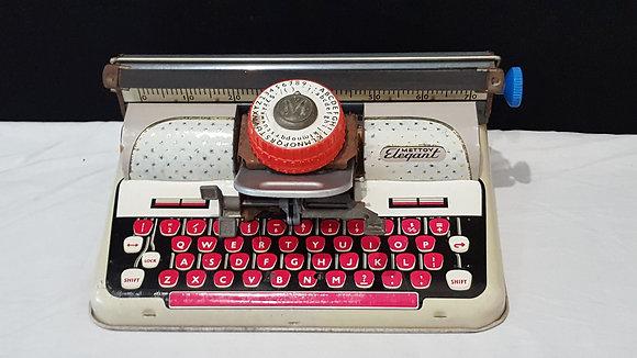 Mettoy Elegant Typewriter, Bear Wares Vintage www.bearwaresvintage.com.au