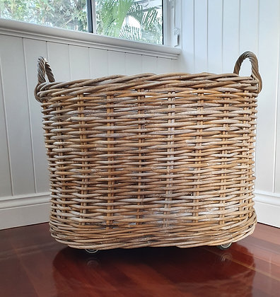 Vintage Industrial Laundry Basket, Bear Wares Vintage, www.bearwaresvintage.com.au, vintage laundry, interior design, decor