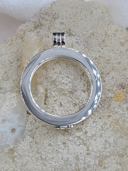 Smooth Silver Pendant