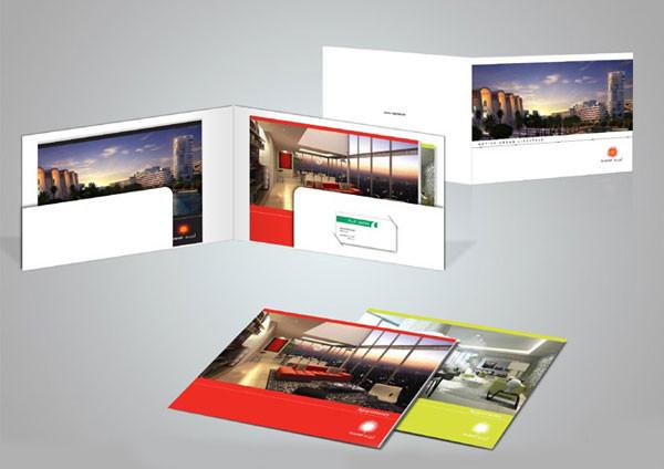 Brochures_05.jpg
