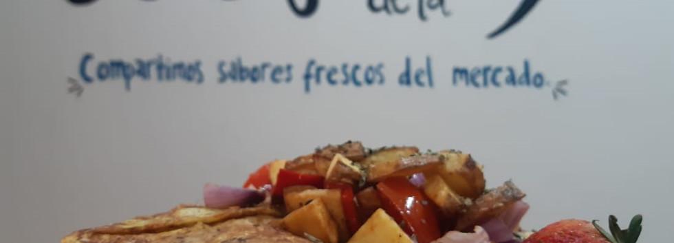 Breakfast - El Cafecito de la 9 Cuenca Ecuador