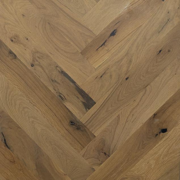 hardwood-design-company-2019-hardwood-flooring-trends-wide-plank-hardwood-flooring-herringbone-patterned-hardwood-floors