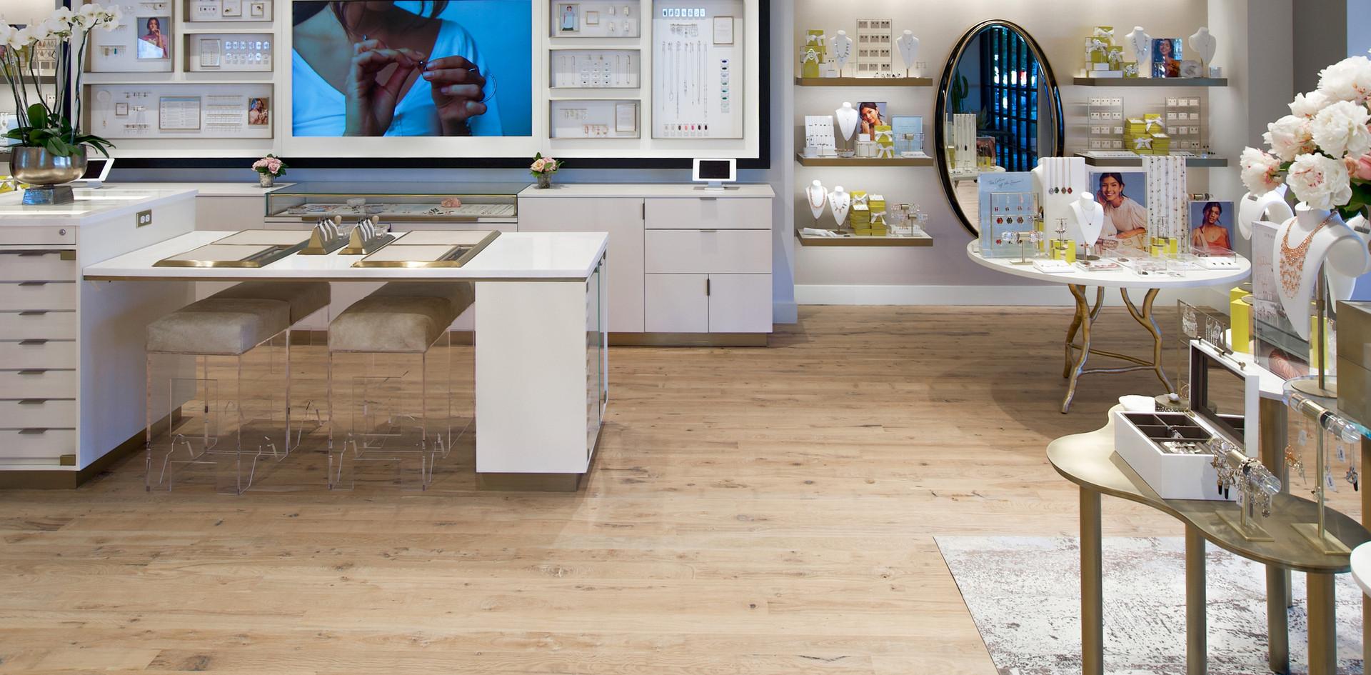 Natural Face Texas Post Oak Hardwood Flooring Kendra Scott Austin Showroom