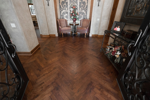 Hardwood-Design-Company-wide-plank-hardwood-flooring-wooden-flooring-texas-mesquite-hardwood-flooring-herringbone-wood-floors