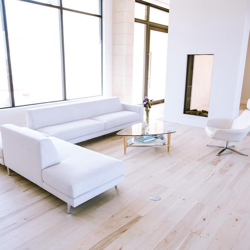 hardwood-design-company-2019-hardwood-flooring-trends-wide-plank-hardwood-flooring-southern-pecan-hardwood-flooring-bleached-hardwood-floors