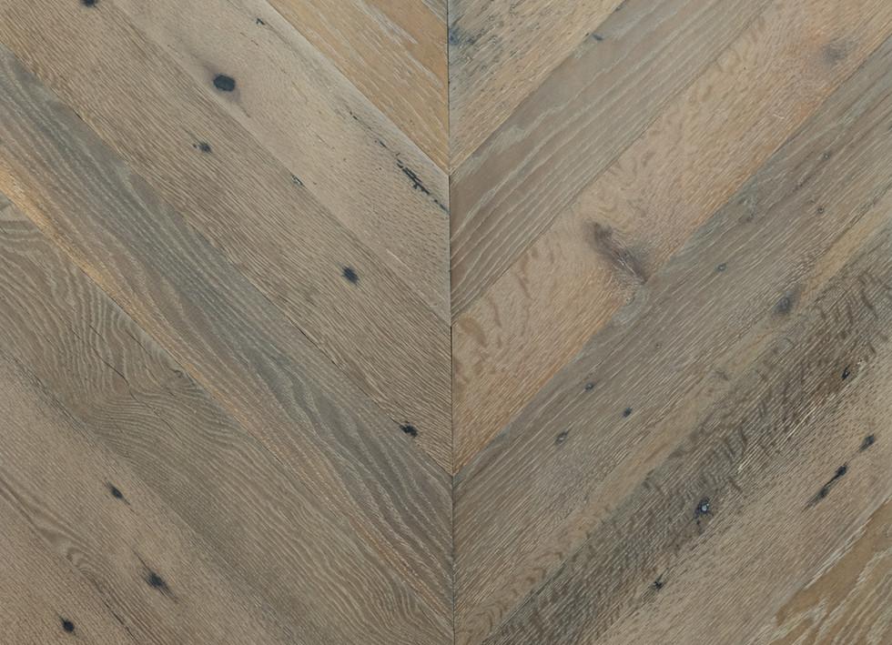 chevron hardwood flooring pattern