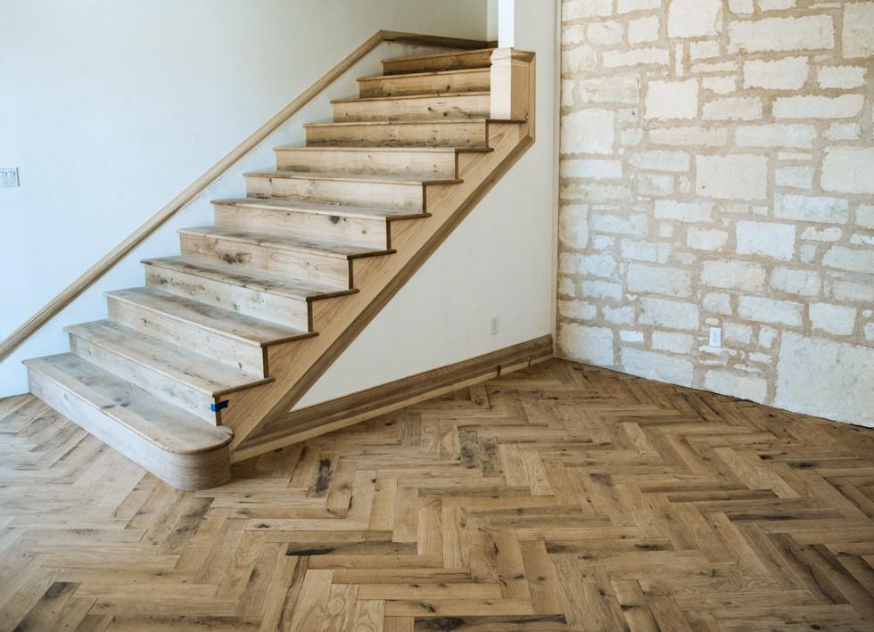 Texas Post Oak Hardwood Flooring Herringbone Pattern