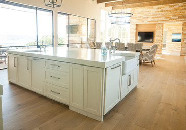 Hardwood-Design-Company-wide-plank-hardwood-flooring-wooden-flooring-live-sawn-oak-hardwood-flooring-oakflooring