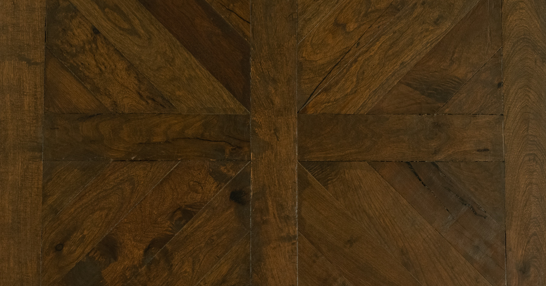 geometric hardwood flooring pattern