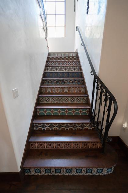 Hardwood-Design-Company-wide-plank-hardwood-flooring-wooden-flooring-texas-mesquite-hardwood-flooring-tiled-stairs