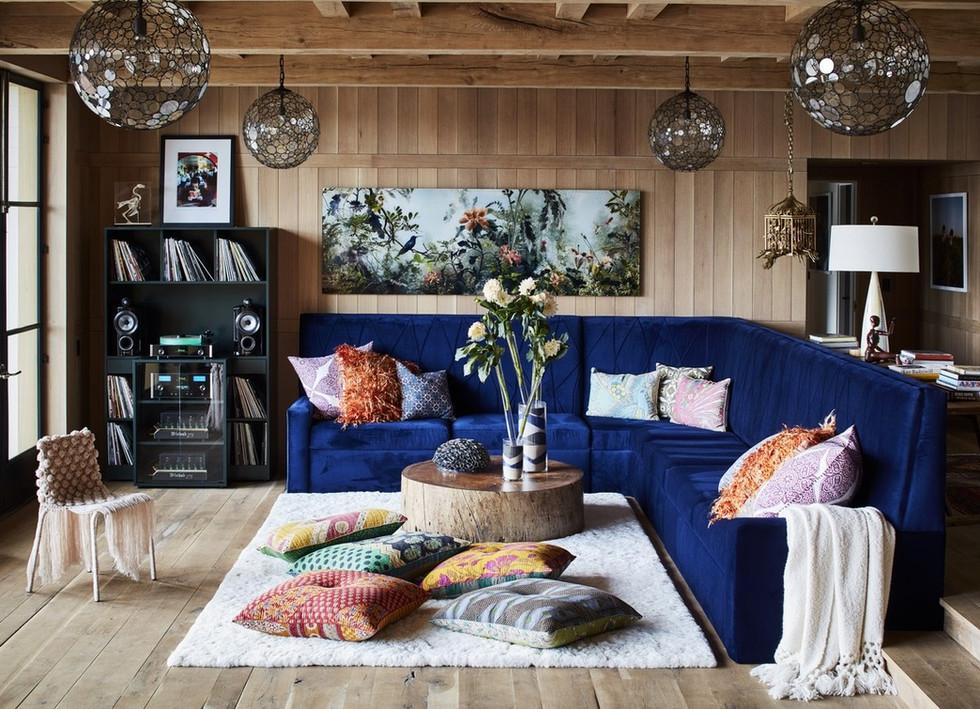 Natural Face Texas Post Oak Hardwood Flooring and Wall Cladding