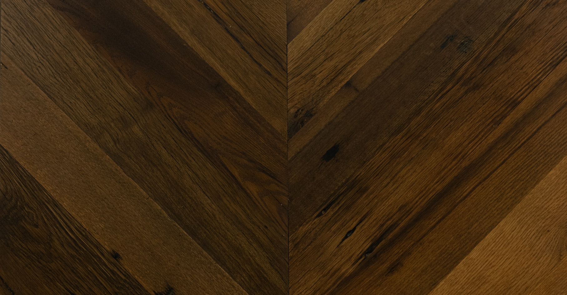 chevron hardwood flooring pattern