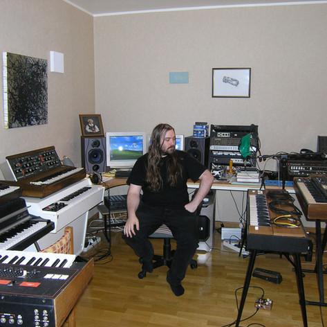 Lars - the old apartment studio