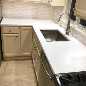 Blanco Pure Extra Polished (Quartz)