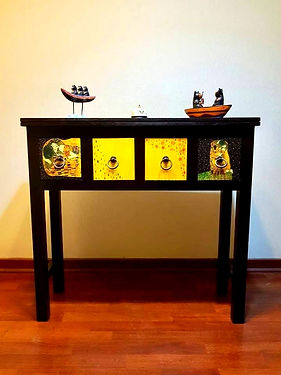 muebles con arte_edited.jpg