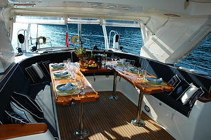boat-chair-couch-deck-271681.jpg