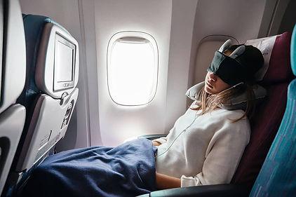 Best-travel-blanket-for-airplane (1).jpg