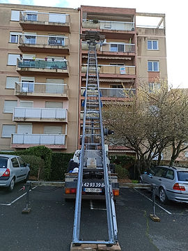 Location monte meubles Toulouse 7.jpg