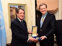 Cyprus honours head of American Jewish Committee