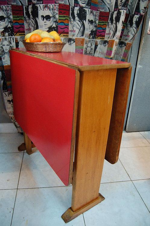 VENDU/Table à rabats 50 60 formica 2eme démarque