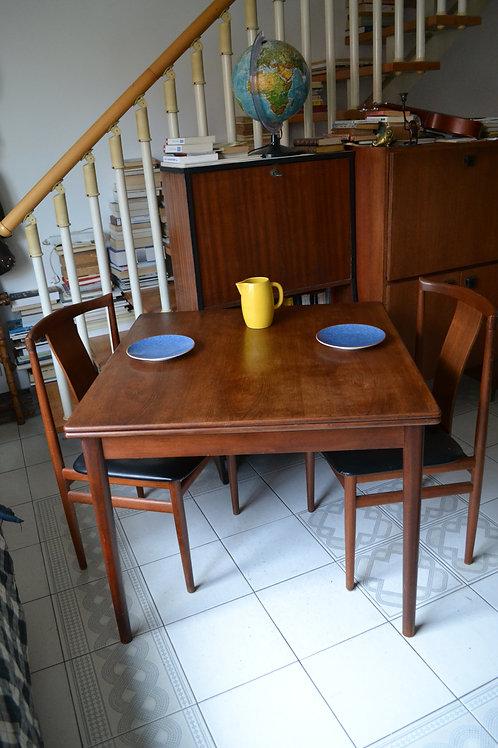 Table scandinave vintage teck extensible Nils Jonsson années 60