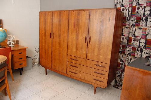 VENDU/Dressing scandinave vintage armoire danoise années 60 palissandre de Rio