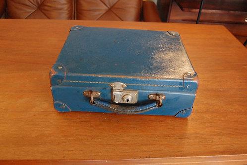 VENDU/Valise années 50 60 Bleu cobalt vintage