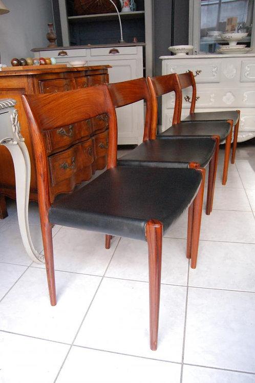 VENDU/4 chaises danoises Niels O. Moller modèle 77