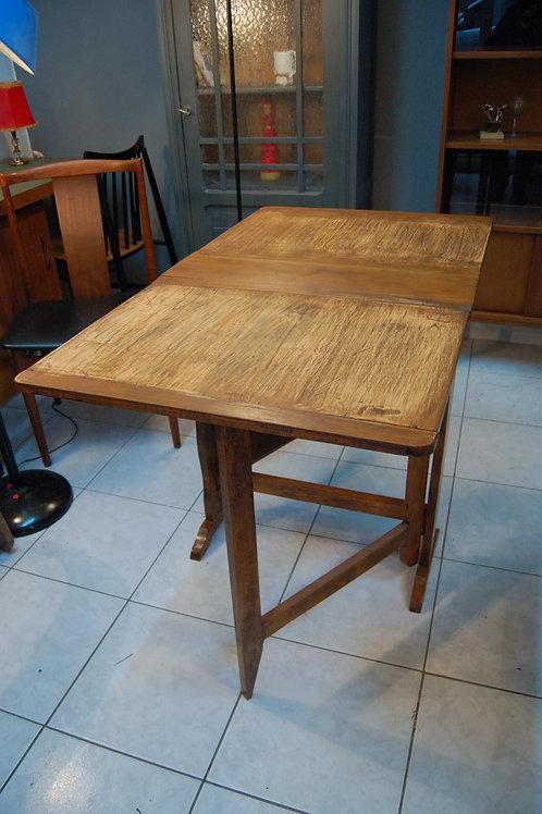 "VENDU/Table pliante années 50 dite ""gateleg"" bois massif"