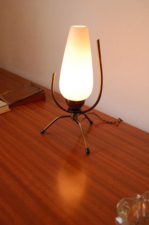VENDU/Lampe tripode laiton & opaline années 50