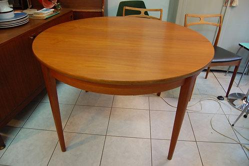 VENDU/Table style scandinave teck années 60 70