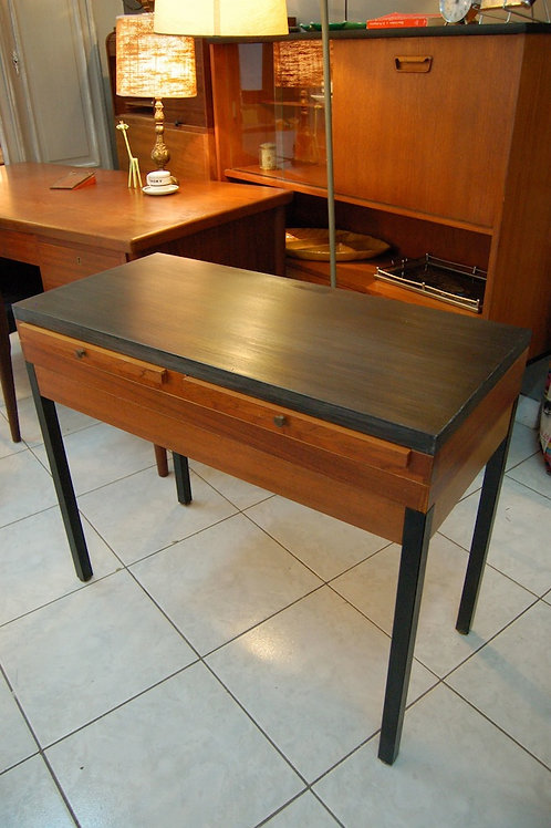 VENDU/ Bureau console vintage table de dentiste 60s