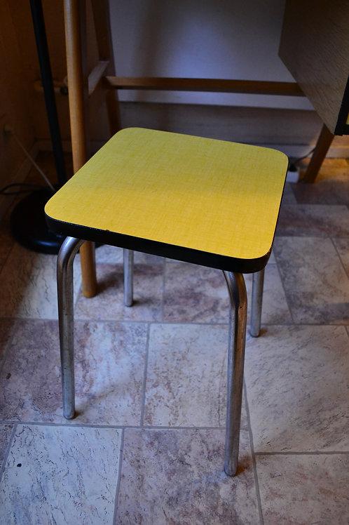 VENDU/Tabouret formica jaune vintage années 60
