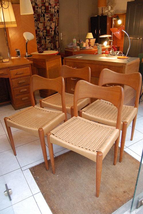 VENDU/4 chaises scandinave vintage Arne Hovmand Olsen teck corde