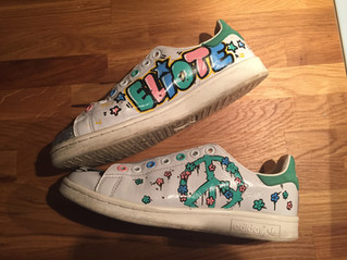 Stan Smith Peace and Love