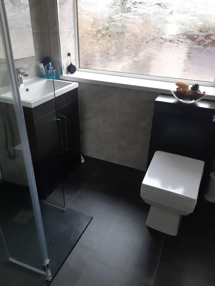 Bathroom Makeover © Shower People Ltd.