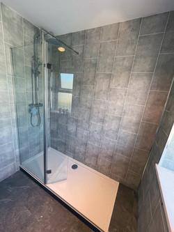 © Shower People Ltd.