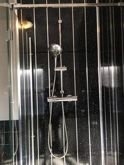 Shower © Shower People Ltd.