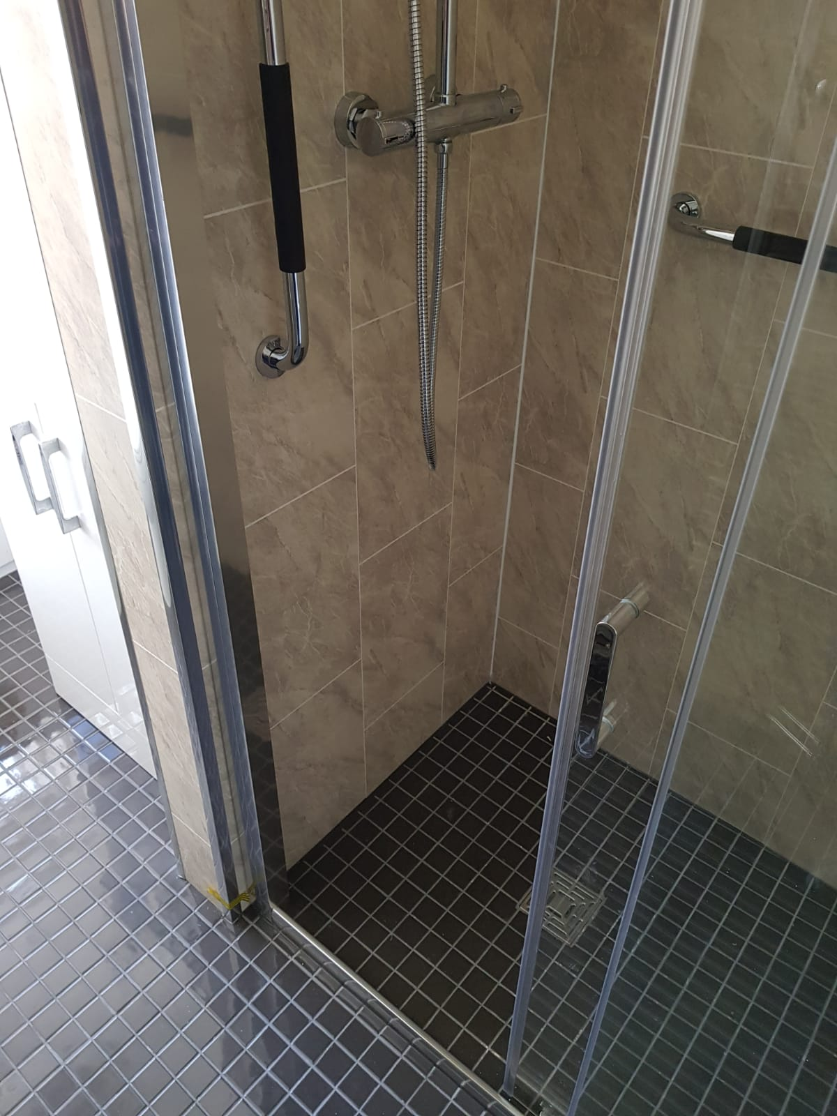 Wetroom © Shower People Ltd.