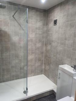 Tile effect cladding © Shower People Ltd.