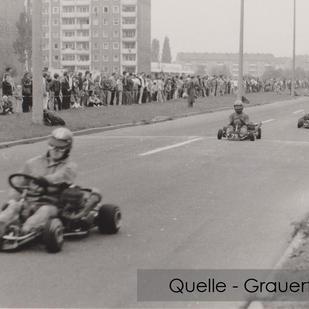 04-NW-GRA-05-Kart-Rennen-Lomonossowallee
