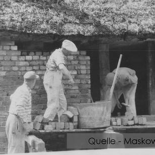 19-N-MASK-06 Haus Alwine-Wuthenow Ring 31 Maurer