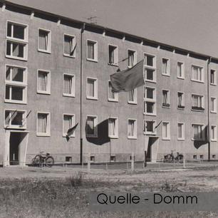 01-N-DOM-13 Neubau geflaggt
